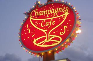 Champagnes Café