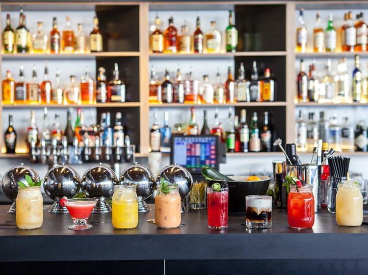 Best first date bars