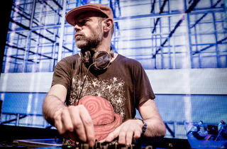 Razor-N-Tape Night with Joey Negro