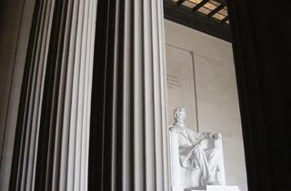 The Lincoln Memorial (© Sarah Bourn)