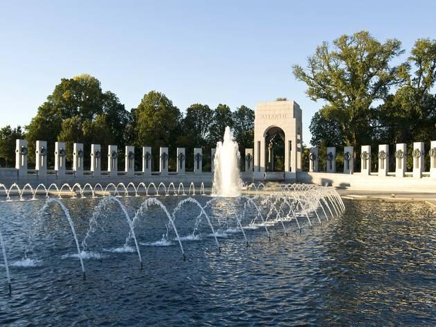 National World War II Memorial (© Shutterstock)