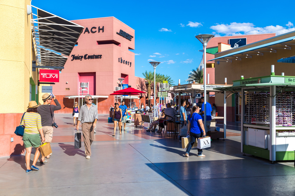 Premium Outlets best stores feature