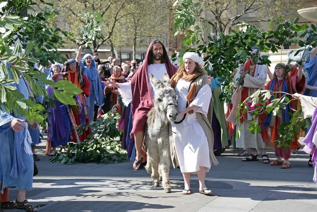 Passion of Jesus, trafalgar square, easter