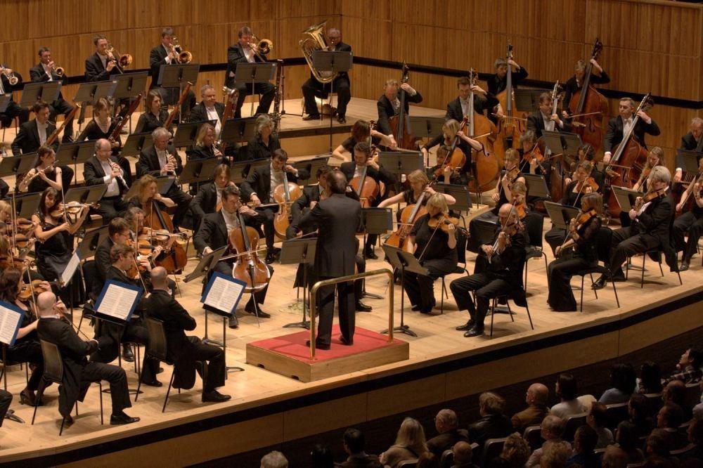 Royal Philharmonic Orchestra + Pinchas Zukerman