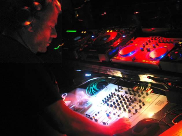 Deep Space Eleventh-Anniversary Party: François K + Scuba