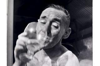 (John Deakin photographed by Daniel Farson in the 1960s)