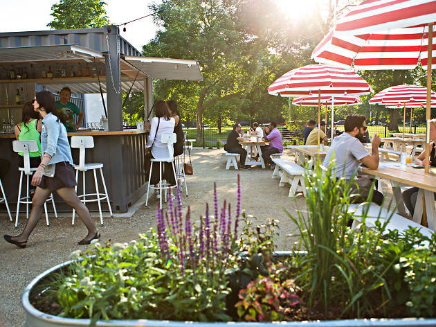 Where to eat and drink outside