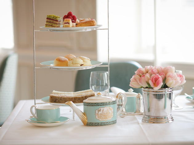 Fortnum & Mason Tea Salon