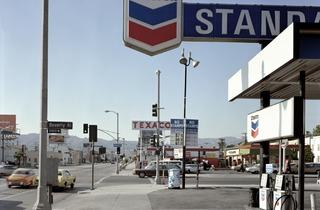Stephen Shore (Beverly Boulevard and La Brea Avenue, Los Angeles, California, June 21, 1974)