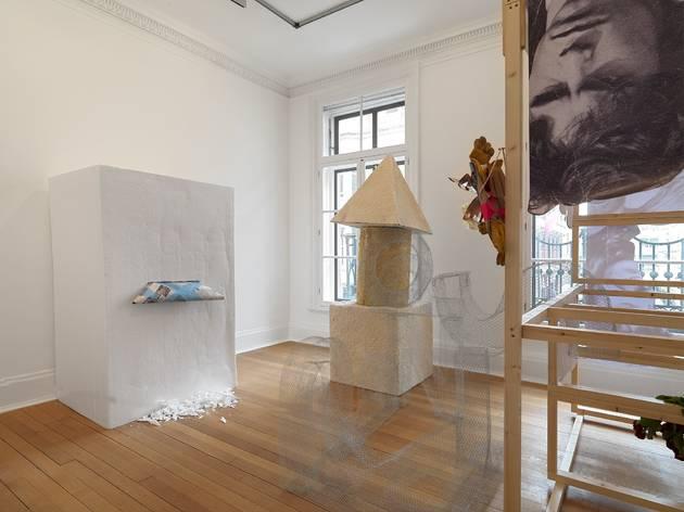 Abraham Cruzvillegas ('autodestrucción4: demolición' exhibition view)