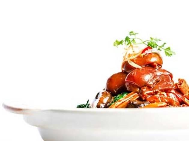 Five Sen5es 'Celeb Chefs present Dragon Chef Kong Khai Meng'