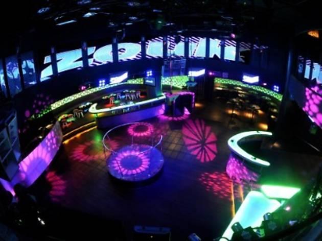 Zouk presents 250,000 Fans Party
