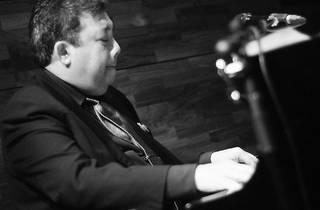 Don Gomes Trio at No Black Tie