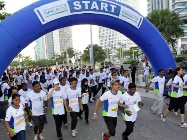 Standard Chartered Fun Run 2013