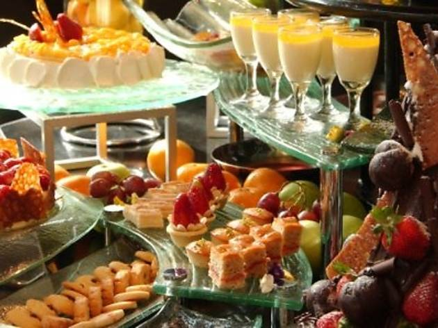 Suria Caf� Easter buffet brunch
