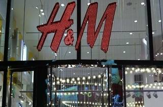 H&M Global Clothes Collecting Initiative
