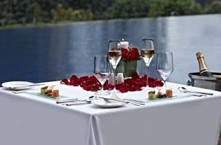 Cascade Valentine�s dinner