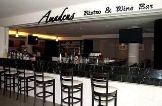 Amadeus Bistro & Wine Bar Valentine�s Day dinner
