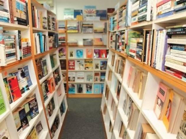 Silverfish Books� Writers� Forum
