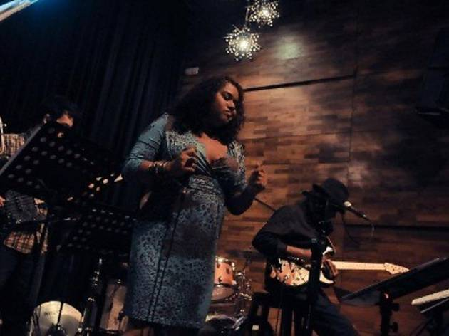 Elvira Arul and Jose Thomas Band at No Black Tie