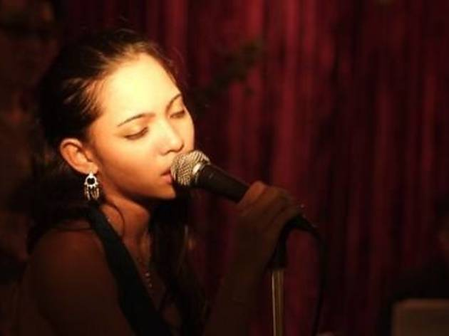 Dasha Logan at La Bodega Lounge
