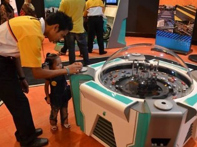 Faces of Energy at Petrosains