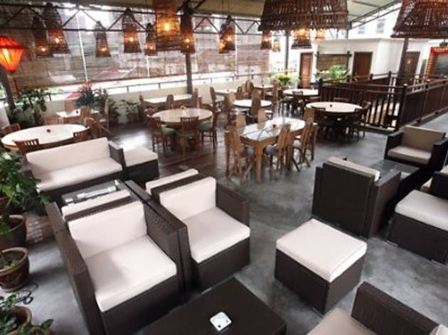 Bubu Rooftop Restolounge Mother's Day promotion