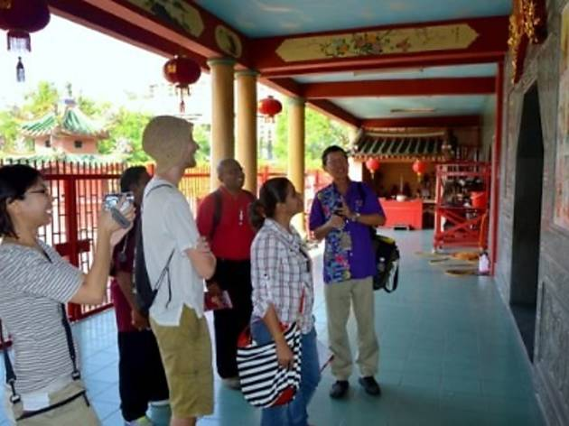 Free guided walk of Little India