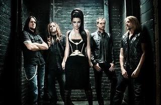 Evanescence live in KL