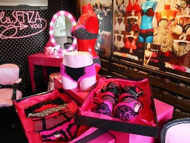 La Senza Pin-Up Store