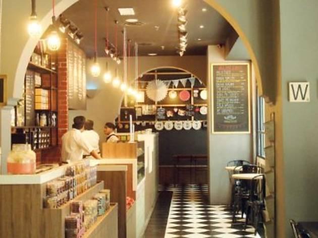 Wondermilk Café Publika