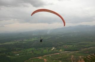 Paragliding at Oxbold