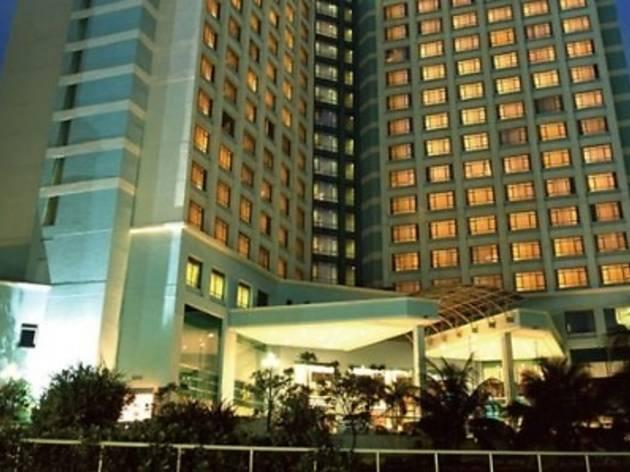 Club Vivo at Eastin Hotel