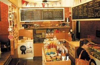 Wondermilk Caf� Damansara Uptown