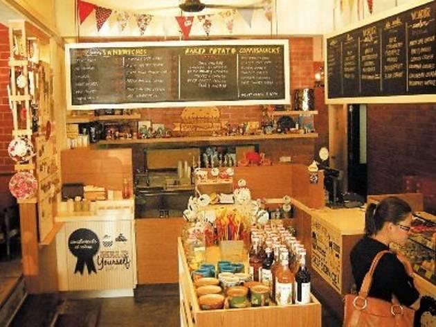 Wondermilk Café Damansara Uptown