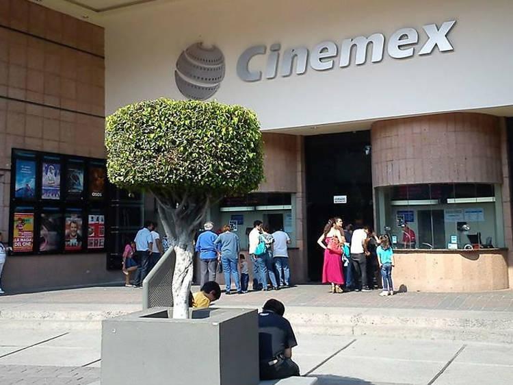Cinemex CNA