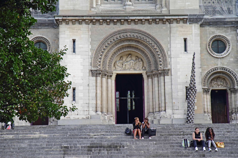 Eglise 5 bars à inventer Paris