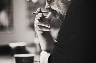 (Peter Juhl, 'Daniel Johnston backstage', 2010 / ©Peter Juhl / Courtesy Arts Factory)