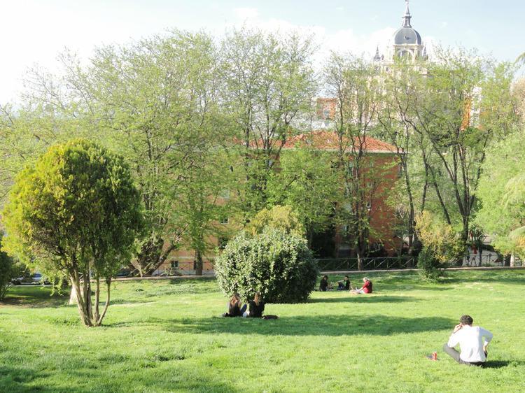 Las Vistillas Gardens