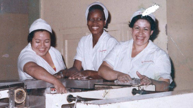 Oscar Murillo's mother, Virgelina Murillo (center), working at Colombina in La Paila, Colombia, 1988