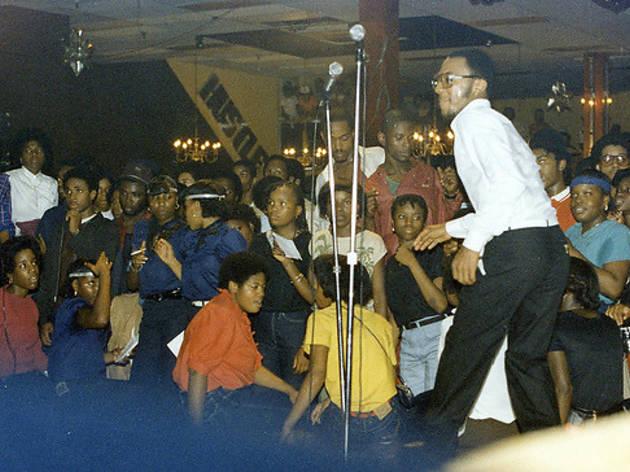 """Harlem World: Throw Ya Hands in the Air"""
