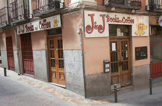 J&J Books & Coffee
