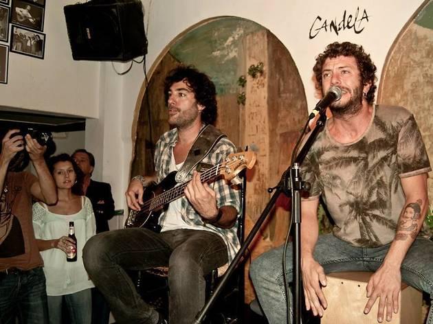 Pasar una noche entre 'monstruos' del flamenco en el Candela