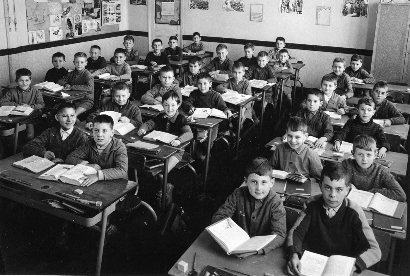 Ecole de la vie salle de classe vintage rétro années 60