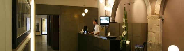 Hotel peninsular (Girona)