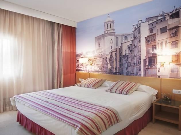Hotel Costabella (Girona)