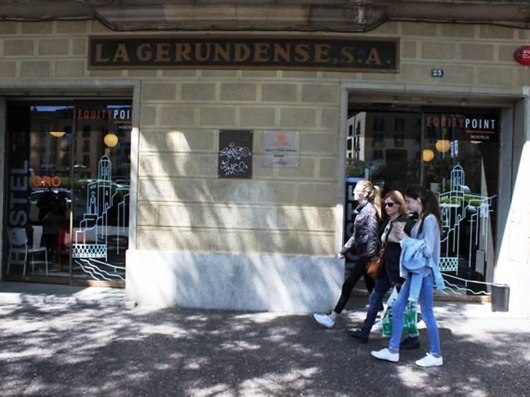 Equity Point Girona Hostel