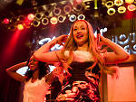 Iggy Azalea brings her jiggle to the Kiss FM Jingle Ball Christmas concert.