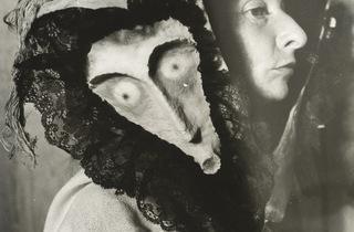 (Kati Horna, 'Remedios Varo', Mexico, 1957 / © 2005 Ana María Norah Horna y Fernández)