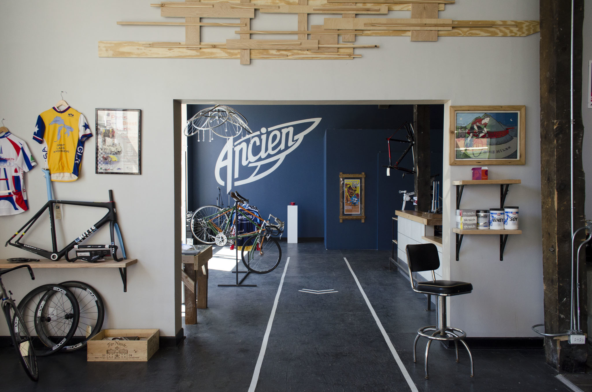 Ancien Cycles is located at 688 N Milwaukee Ave.